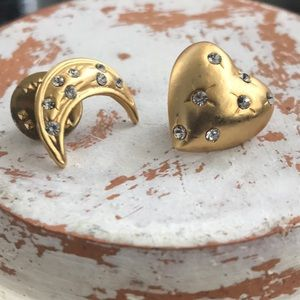 Jewelry - Moon & Heart Pin